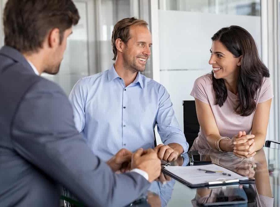 mature-couple-meeting-financial-advisor-B32W3BK (1)